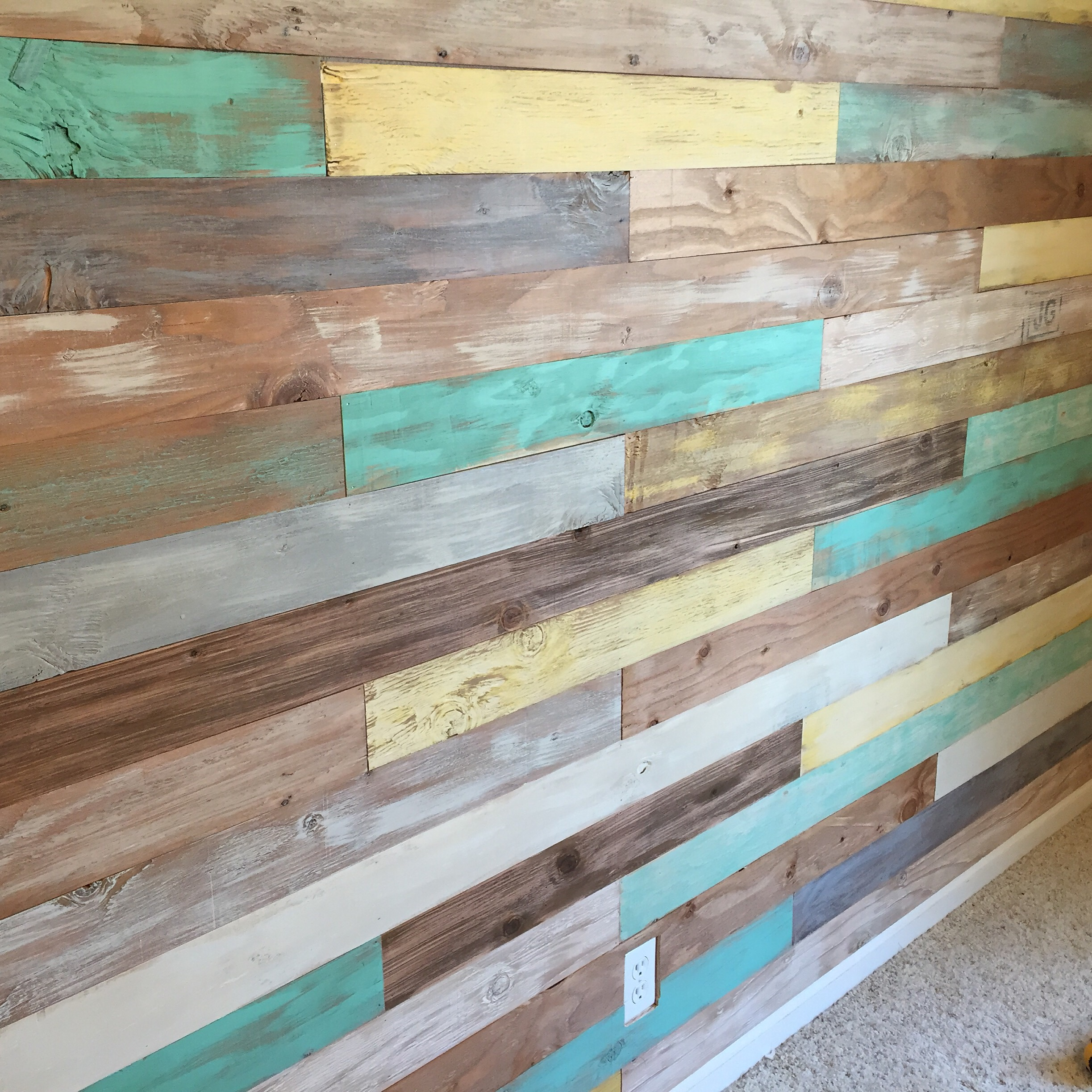 Simple shiplap wall on a budget humble home Wall pictures